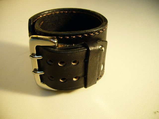 Leather & Studs Belt Loop l-31