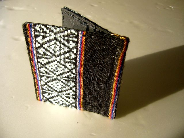 Half Wallet AKA Hill Tribe w-32