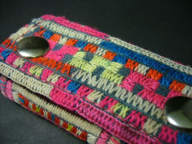 Half Wallet YAO HILL TRIBE w-140