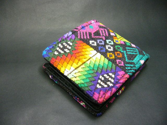 Half Wallet YAO HILL TRIBE w-152